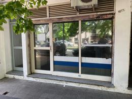Foto Local en Venta en  La Plata ,  G.B.A. Zona Sur  51 Nº al 1000