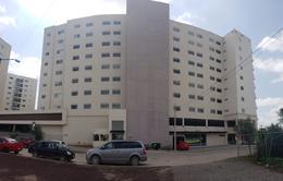 Foto Departamento en Renta | Venta en  Residencial Anturios,  León  Departamento AMUEBLADO en VENTA o RENTA Torre Nuvolé 1 recámara