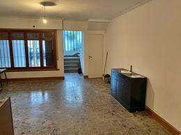 Foto Casa en Venta en  La Lucila,  Vicente Lopez  Wineberg al 3800