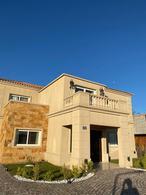 Foto Casa en Venta en  Greenville Polo & Resort,  Berazategui  Barrio H ville 8  GREENVILLE POLO & RESORT