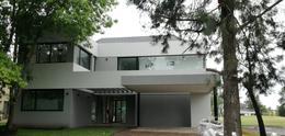 Foto Casa en Venta en  Saint Thomas,  Countries/B.Cerrado (E. Echeverría)  Venta - Casa en Saint Thomas Oeste