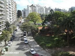 Foto Terreno en Venta en  Villa Biarritz ,  Montevideo  Terreno con vista al Parque de Villa Biarritz, gran oportunidad.