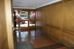 Foto Departamento en Alquiler temporario en  San Cristobal ,  Capital Federal  Av Belgrano al 2500