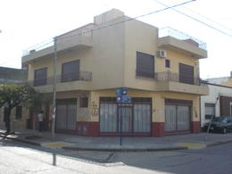 Foto PH en Venta | Alquiler en  Ramos Mejia,  La Matanza  LARREA al 1600