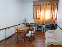 Foto PH en Alquiler en  Almagro ,  Capital Federal  Potosi al 4300 Contrato Comercial