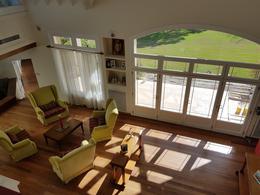 Foto Casa en Venta en  Saint Thomas,  Countries/B.Cerrado (E. Echeverría)  Casa con cinco dormitorios en suite