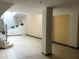 Foto Casa en Venta en  Centro de Cuenca,  Cuenca  Estadio