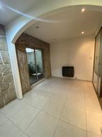 Foto Casa en Venta en  Bernal,  Quilmes  Guido Spano al 700