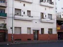 Foto Departamento en Venta en  Constitución ,  Capital Federal  Av. Juan de Garay y Salta