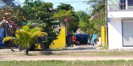 Foto Terreno en Venta en  Playa del Carmen,  Solidaridad  Sobre la Av Juarez y 150 Av. Mz 100