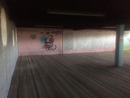 Foto Local en Renta en  Roma,  Tampico  Amplio local comercial con areas abiertas