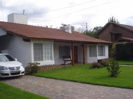 Foto Casa en Venta en  Mapuche C.C,  Countries/B.Cerrado (Pilar)  Mapuche C.C