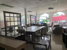 Foto Local Comercial en Venta en  Norte de Guayaquil,  Guayaquil  VENDO LOCAL COMERCIAL PRECIO DE OPORTUNIDAD - URDESA