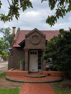 Foto Casa en Venta en  José Hernández,  San Francisco  BV. BUENOS AIRES al 1500