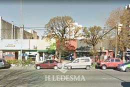 Foto Local en Venta en  Centro,  Mar Del Plata  AV INDEPENDENCIA 2800