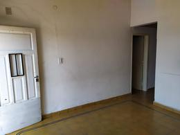 Foto Casa en Venta en  Los Platanos,  Cordoba  Casa de 2 dormitorios en venta en Barrio Los Plátanos