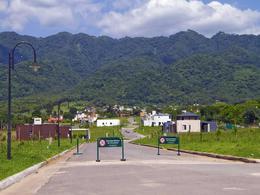 Foto thumbnail Terreno en Venta en  Yerba Buena ,  Tucumán  Las Jarillas Country Club