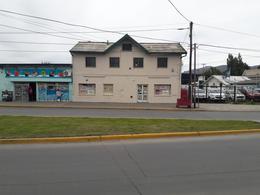 Foto Local en Alquiler en  Ñireco,  San Carlos De Bariloche  Av. 12 de Octubre