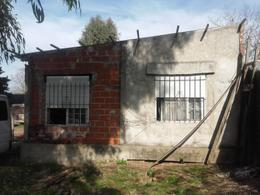 Foto Terreno en Venta en  Barrio Parque Leloir,  Ituzaingo  Alsina al 4100