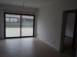 Foto Departamento en Venta en  Lomas de Zamora Oeste,  Lomas De Zamora  Loria 400