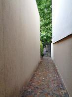 Foto Casa en Venta en  V.Ade.-P.Cisneros,  Villa Adelina  Rioja al 1400