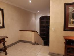 Foto Casa en condominio en Venta en  San Rafael,  Escazu  Cerca del Country de Escazú/ Amplia 296 m2/ 12 casas en condominio