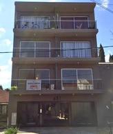Foto Departamento en Venta en  Banfield Oeste,  Banfield  Jose Darragueira 535  1º