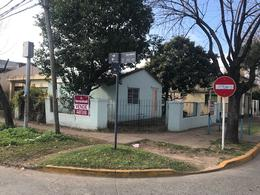 Foto Casa en Venta en  Bella Vista,  San Miguel  Piñeyro al 800
