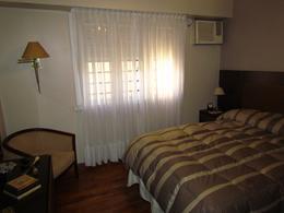 Foto Casa en Venta en  Adrogue,  Almirante Brown  RIVADAVIA nº 724, entre Avda. Espora y Juncal