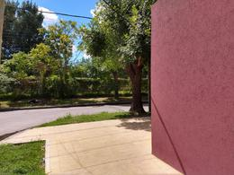 Foto Casa en Venta en  Lanús Oeste,  Lanús  Juncal al 300