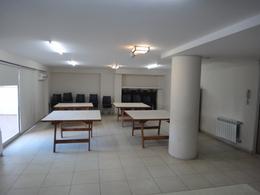 Foto Departamento en Alquiler en  Área Centro Este ,  Capital  Avenida Argentina 750 - Edificio San Marcos