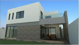 Foto Casa en Venta en  Monterrey ,  Nuevo León  CASA EN VENTA EN CARRETERA NACIONAL  COL. PRIVADA SIENNA ZONA EL URO
