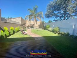 Foto Casa en Venta en  Lomas de Zamora Este,  Lomas De Zamora  Arenales 161