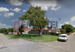 Foto Terreno en Venta en  Moreno,  Moreno  Lote sobre esquina Ramos Mejia al 2100