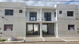 Foto Casa en Venta en  Lujan,  Lujan  Libertad 1200