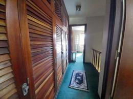 Foto Casa en Venta en  Playa Mansa,  Punta del Este  Venta Casa 2 plantas a 2 cuadras de la Playa Mansa, 2 dormitorios , 2 banos, Punta del Este