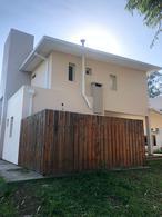 Foto Casa en Venta en  Yerba Buena ,  Tucumán  Country Del Pilar