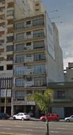 Foto Departamento en Venta en  Avellaneda ,  G.B.A. Zona Sur  Av. Mitre 2074, Piso 1º, Depto. A