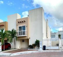Foto Casa en Venta en  Supermanzana 320,  Cancún  CASA EN VENTA EN CANCUN EN RESIDENCIAL TERRARIUM