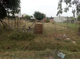 Foto Terreno en Venta en  Melchor Romero,  La Plata  182 e 518 y 518 bis