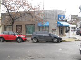 Foto Local en Venta en  Banfield Oeste,  Banfield  Alem 102/ 108/ 110/ 112