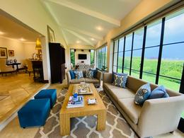 Foto Casa en condominio en Renta | Venta en  Escazu,  Escazu  Hermosa Casa de 3 habitaciones/ Vista/ Exclusivo/SIN MUEBLES / Pet Friendly