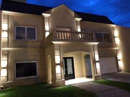 Foto Casa en Venta en  Merlo ,  G.B.A. Zona Oeste  25 De Mayo al 600