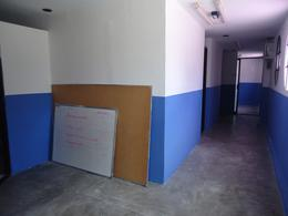 Foto Edificio Comercial en Venta en  Cancún,  Benito Juárez  Se Vende Edificio Comercial En Cancun Sobre Av. R-4