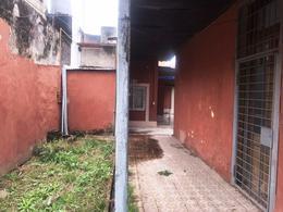 Foto Local en Alquiler en  Temperley,  Lomas De Zamora  25 de Mayo 155