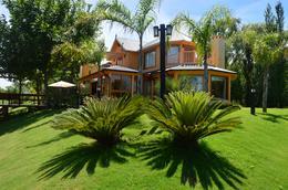 Foto Casa en Venta en  Isla Del Este,  Countries/B.Cerrado  isla del este