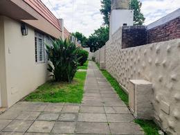 Foto PH en Venta en  Ituzaingó ,  G.B.A. Zona Oeste  Bacacay N°755 UF 3