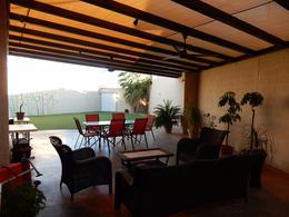 Foto Casa en Venta en  Fraccionamiento Cerrada Castilla,  Chihuahua  CASA CON AMPLIO JARDIN EN VENTA, CERRADA CASTILLA