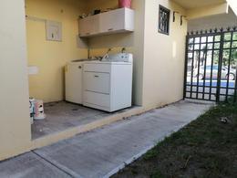 Foto Casa en Venta | Renta en  Las Lomas Sector Jardines,  García  DE LA CAÑADA al 500