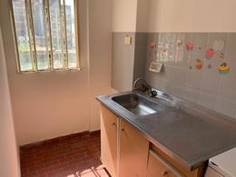 Foto Departamento en Alquiler en  Macrocentro,  Rosario  Sarmiento al 400
